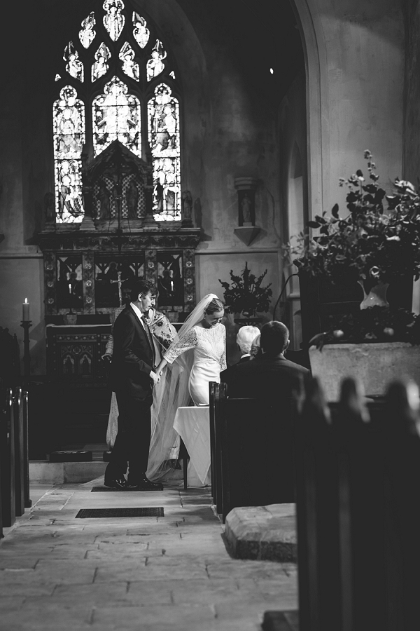 farringdon_hampshire_wedding_photos_042