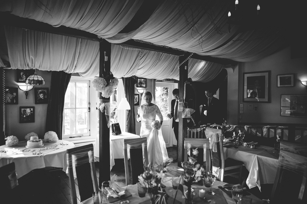 farringdon_hampshire_wedding_photos_081
