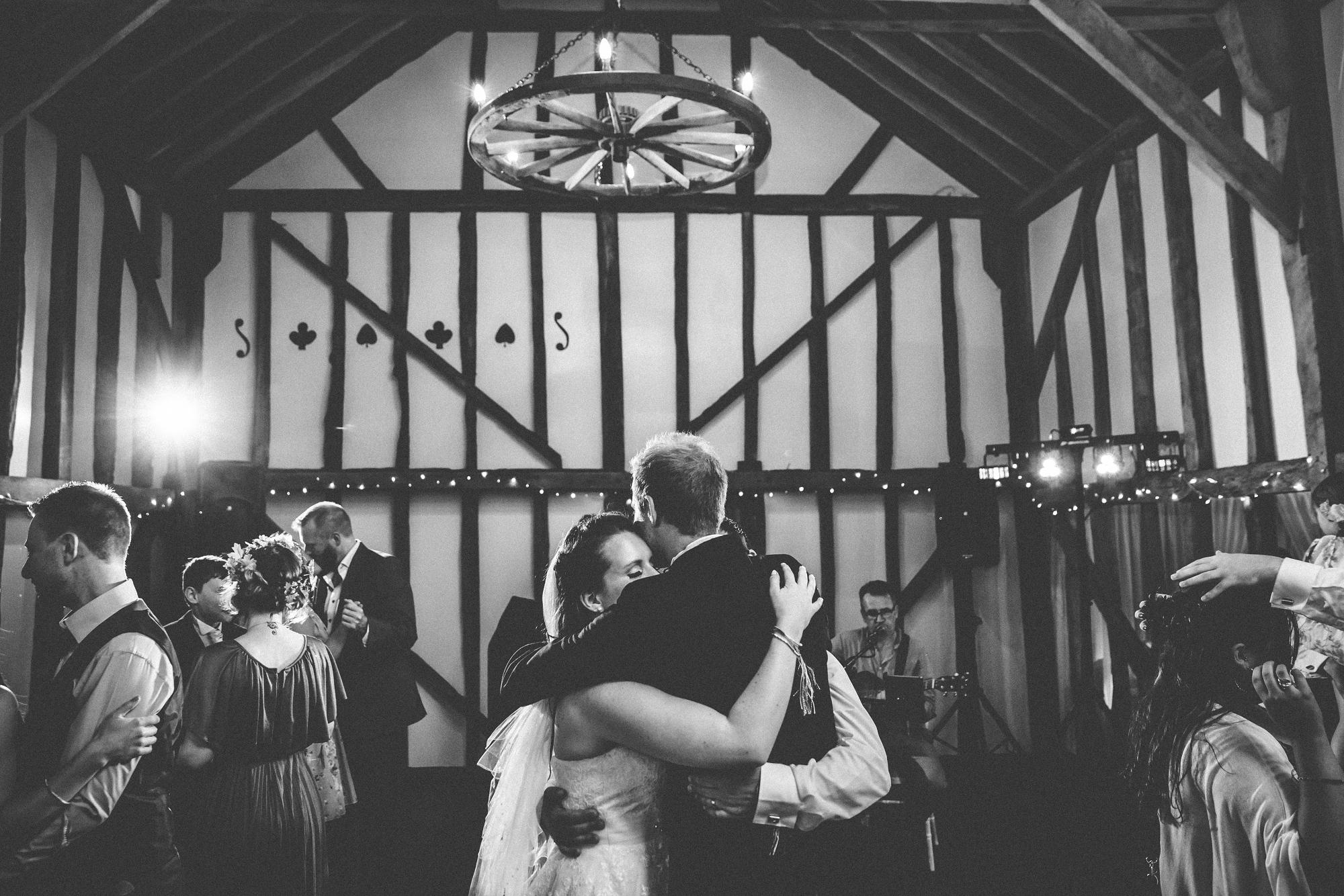 pitt_hall_barn_wedding_0107