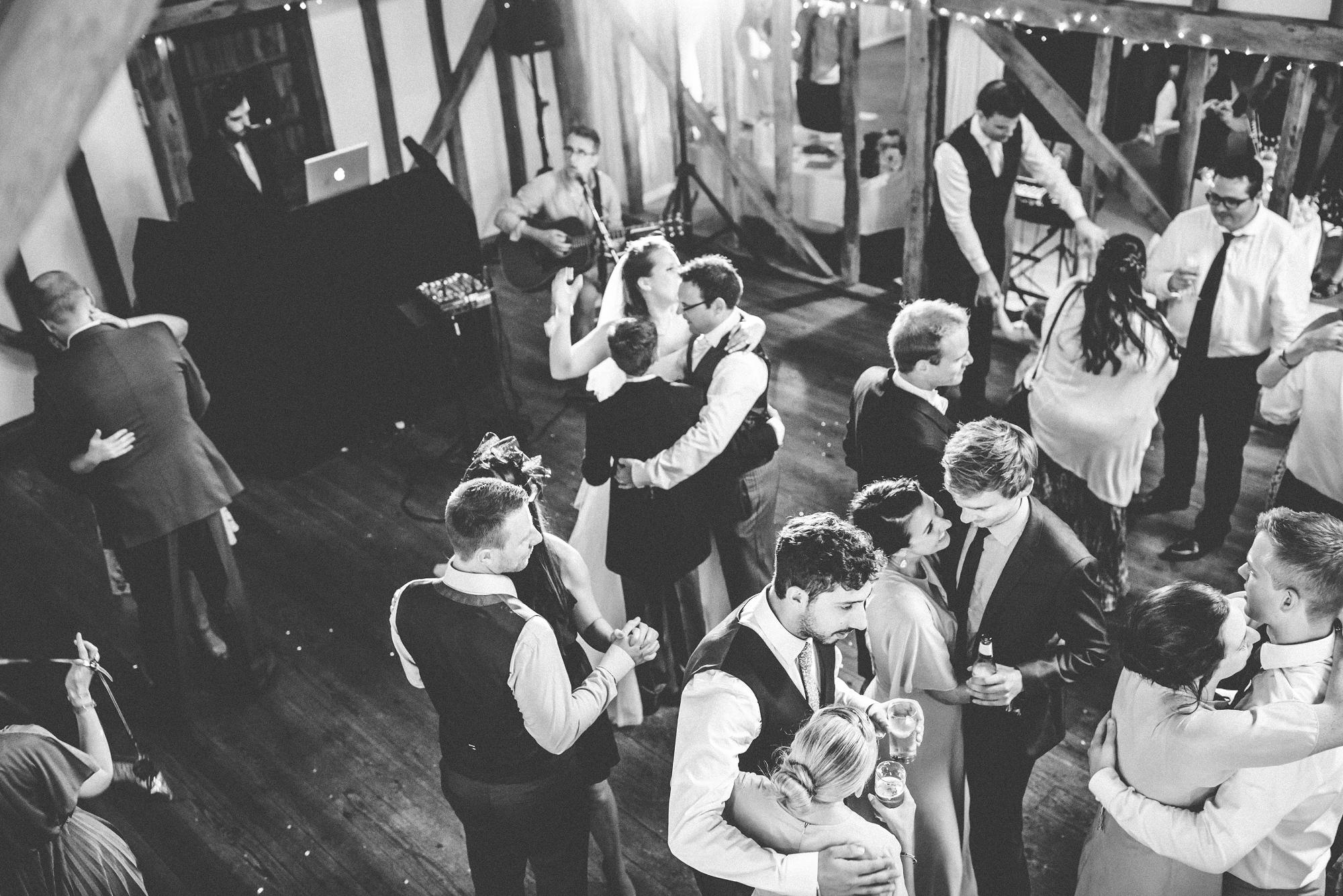 pitt_hall_barn_wedding_0108