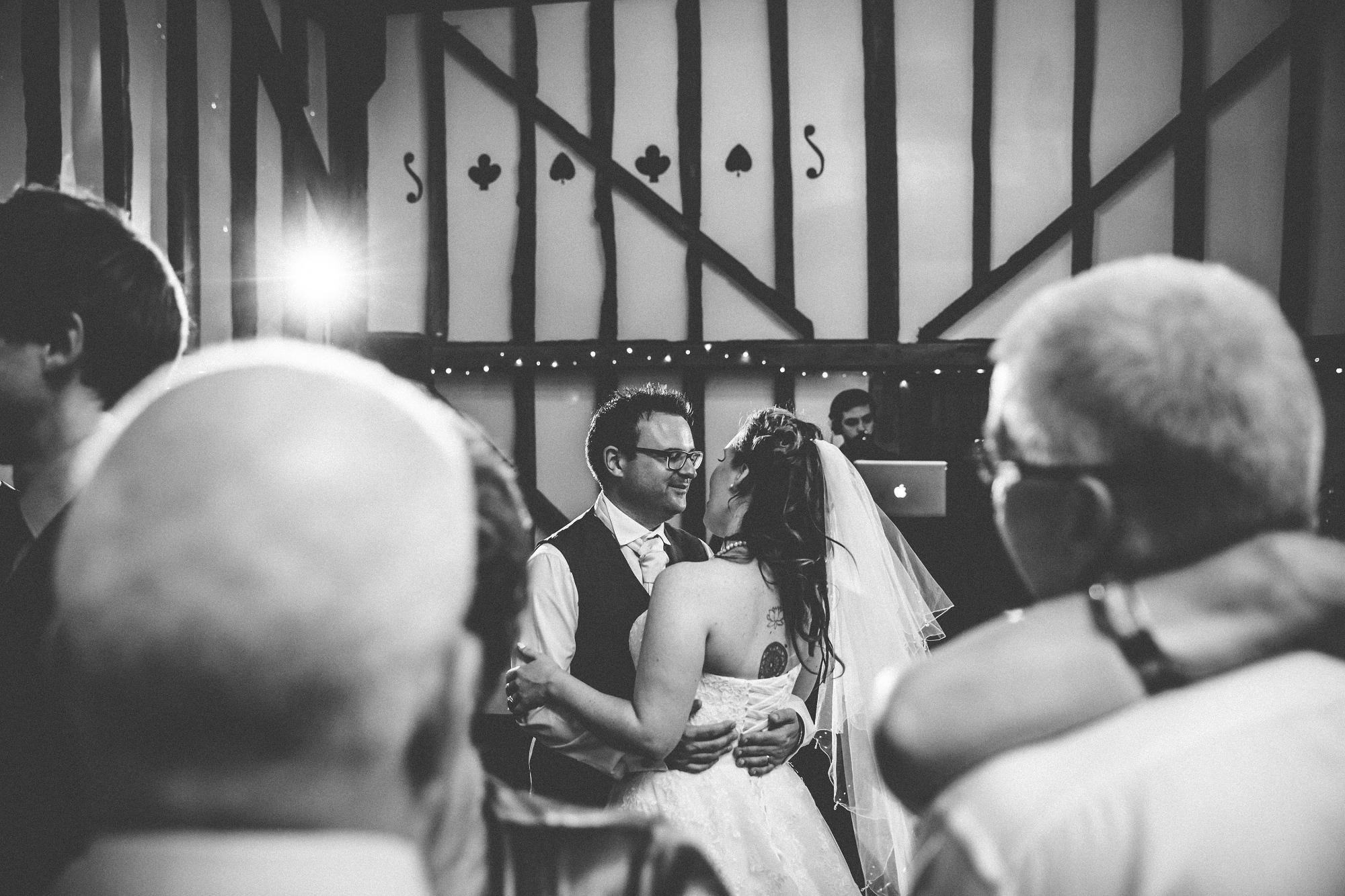 pitt_hall_barn_wedding_0110